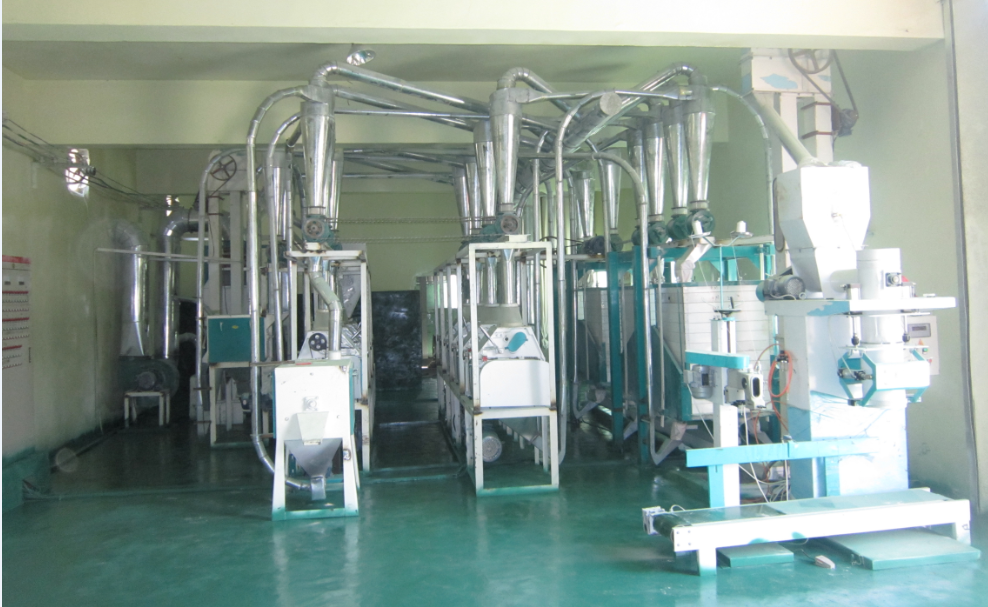 Horizontal soybean flour milling machine